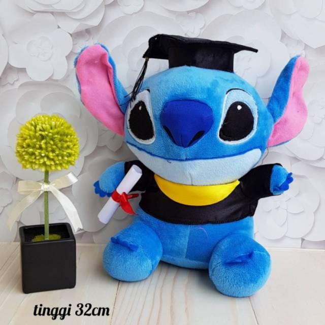 Boneka Wisuda Toga Sarjana Hello Kitty Rilakuma Stitch Doraemon SNI ... dfd04fa867