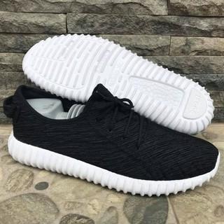 BAGUS Sepatu Adidas Yeezy Boost Hitam Putih Sneakers Pria Wanita DISKON