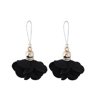 LRC Anting Gantung Fashion Flower Shape Decorated Earrings. suka: 60 .