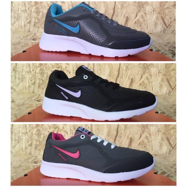 Sepatu Nike Huarache Woman Grade Ori Vietnam Sepatu Olahraga cewek Nike  running joging murah santai  d26a87c241