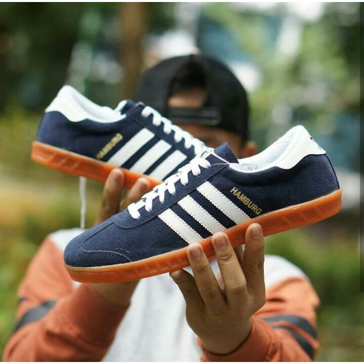 Sepatu Adidas Hamburg Grade Original Navy Sol Gum Sneakers Casual