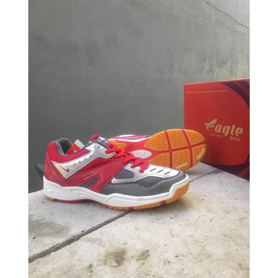 ... Promo Sepatau Eagle Original Pria Wanita. Sepatu Badminton Bulu Tangkis  Tenis Volley Lari Running ... d792cc649a