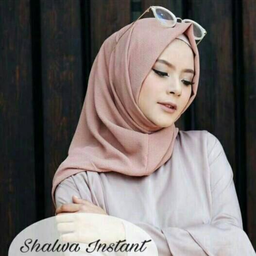 [PROMO] Hijab / Jilbab Pashmina Instan Zafina, Pasmina Sala, Kerudung Terbaru, Murah, Grosir, Pastan | Shopee Indonesia