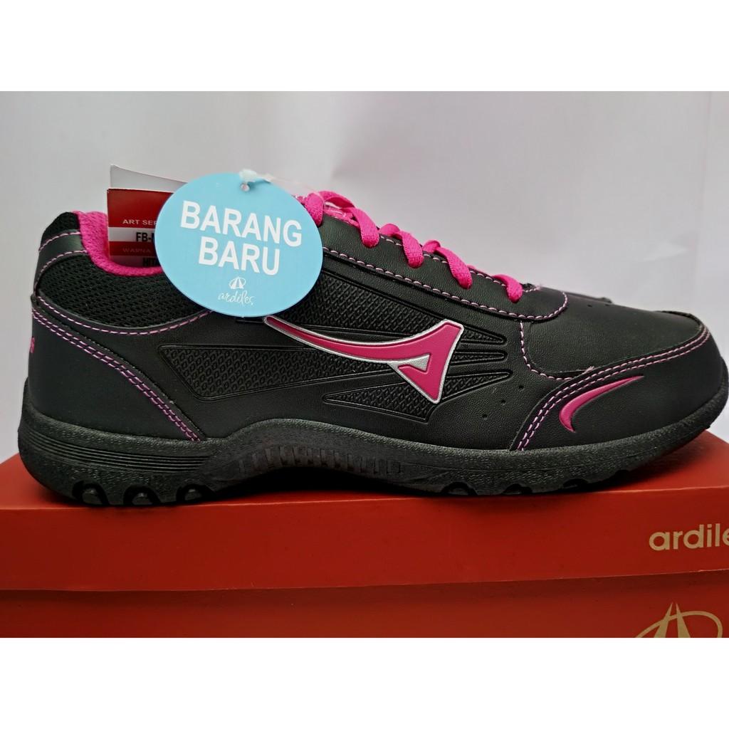 Sepatu Ardiles Oredu Full Black Pria Dewasa Slip On Men Money Vesto Hitam 42 Shopee Indonesia