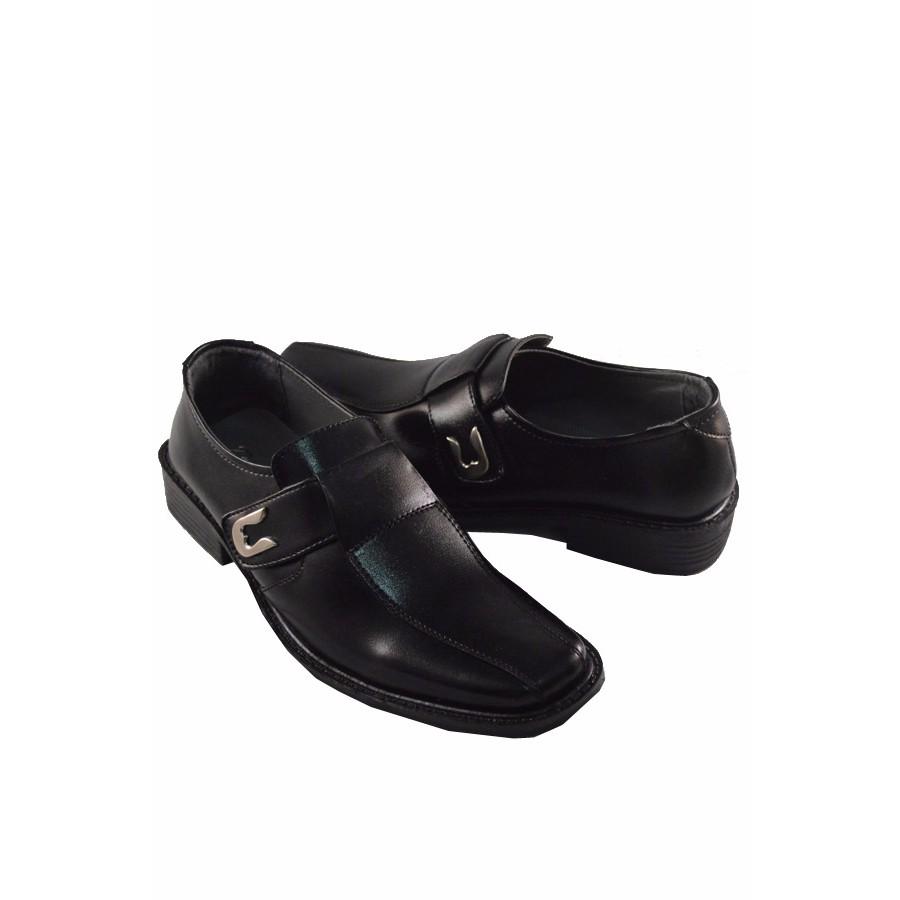 Sepatu Kickers Pantofel Tali Kulit Swedia Leather Formal Kerja Pria Sepatu  Kickers Pantofel Tali Kulit Swedia 0b3509ce41