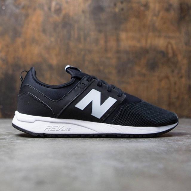 New Balance 247 classic black white
