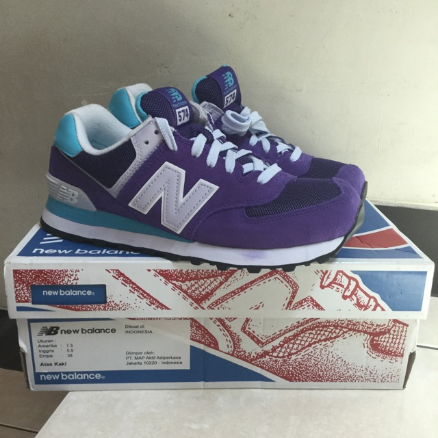 Sepatu nb newbalance 574 classic WL574CPH running shoes no 38 perempuan  original ori asli authentic  d5d7b16bc9