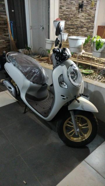 All New Honda Scoopy Prestige Stylish Smart Key Cbs Iss 2021 Sepeda Motor Shopee Indonesia