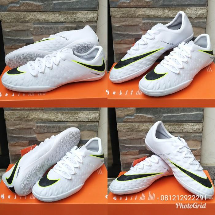 Flash Deal Sepatu Futsal Nike Hyper Venom Flyknit Terbaru Grade Ori Murah  Olahraga - Sepak Bola Dan  741a02b26a