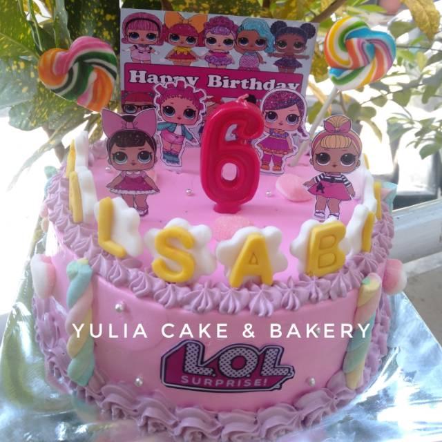 Kue ulang tahun lol LP