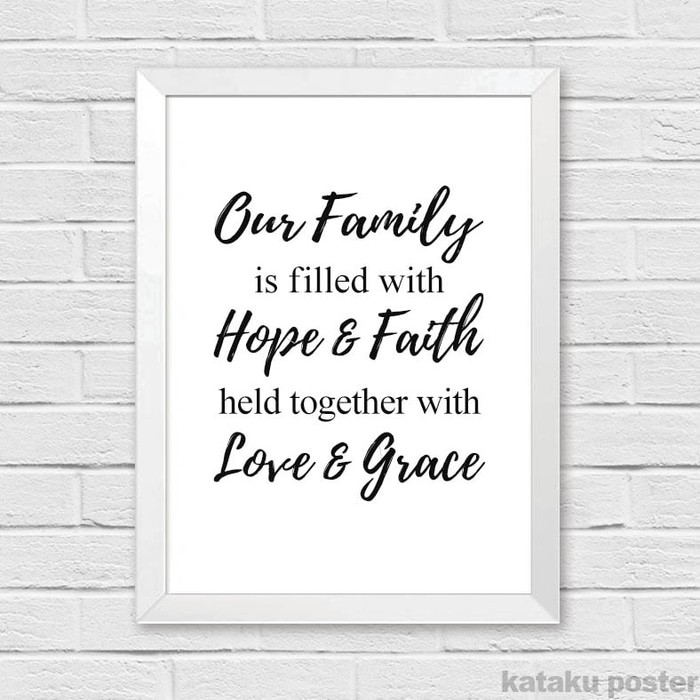 PALING DICARI Hiasan Dinding Rumah Quote - Our family is filled with hope & faith PROMO