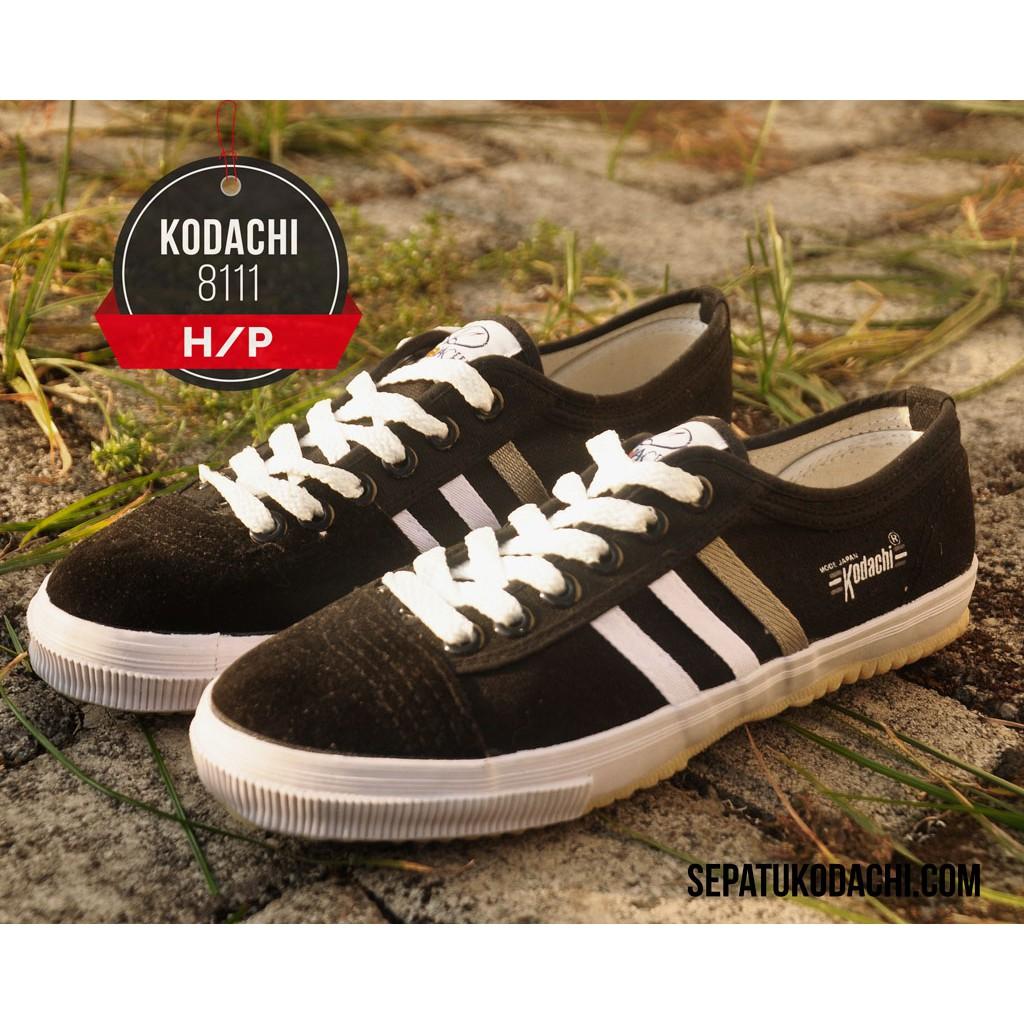 Kodachi 8111 H P Warna Hitam Sol Putih Sepatu Capung Shopee Volley Running Badminton Indonesia