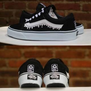 77a57413ab1def Sepatu Vans Old Skool x MxMxM