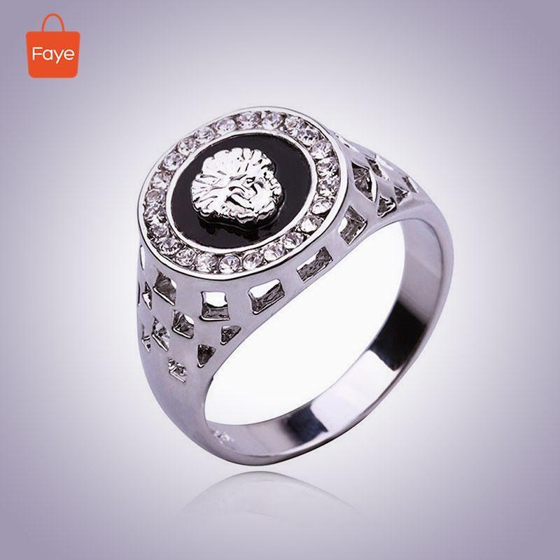Faye Cincin Fashion Desain Punk Retro Batu Onyx Stainless Steel Warma Hitam Silver untuk Pria |