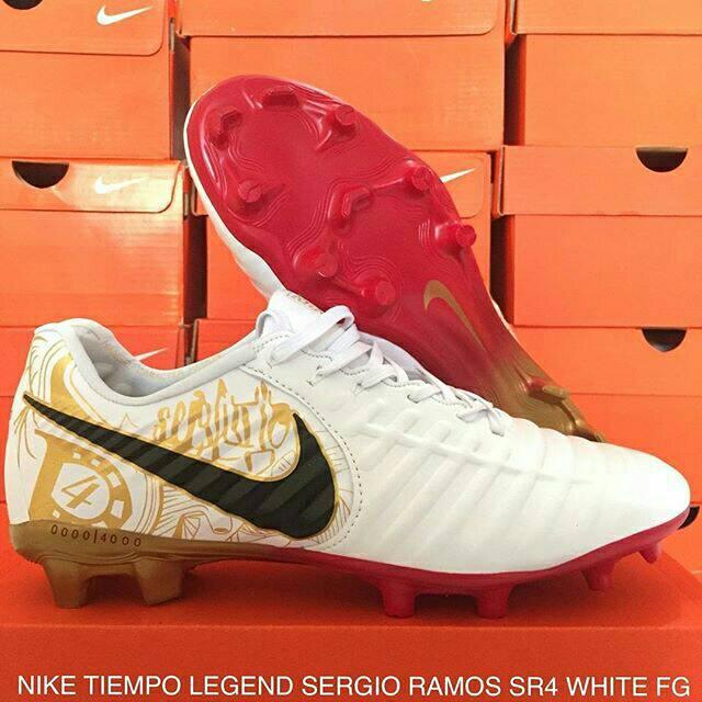 size 40 f3c83 b20e2 Sepatu Bola Nike Tiempo Legend VII Sergio Ramos SR4 White FG