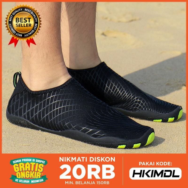 2018 Sepatu Sneakers Pasangan Kreatif untuk Olahraga   Berenang   Pantai  054cced398
