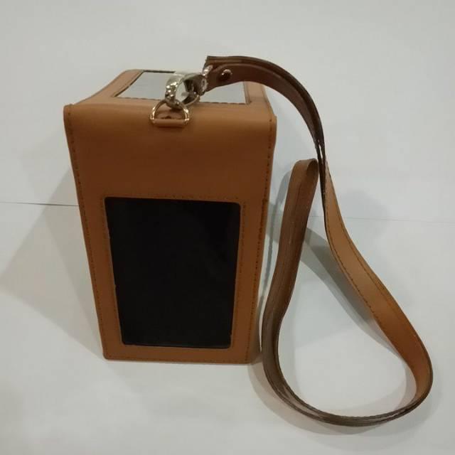 name tag id card tali kulit warna coklat dua muka magnet