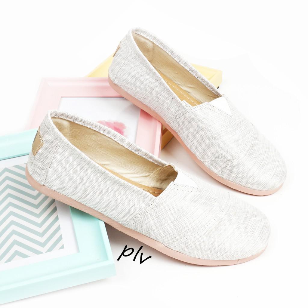 Dapatkan Harga sepatu Boots Flat Shoes Canvas Shoes Diskon  d398f4a5d2
