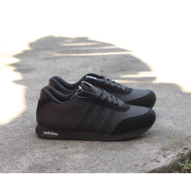 Sepatu Adidas Yeezy boost High Quality Import eb4062d883