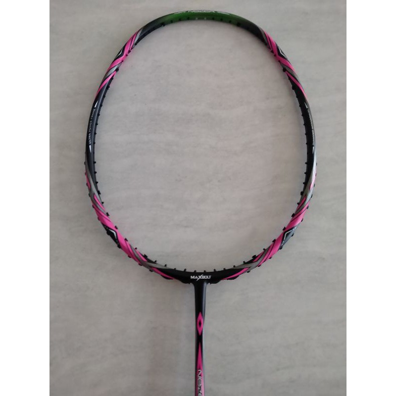 Raket maxbolt nezer x 19 black pink ORIGINAL 100%