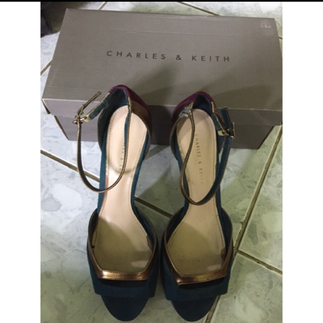 sendal sepatu charles n keith original cnk store  2b8e07ad65