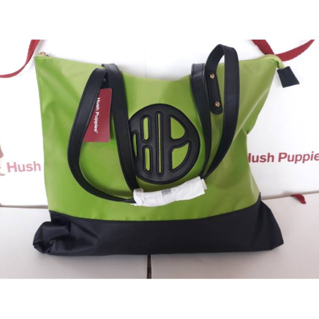 tas hush-puppies - Temukan Harga dan Penawaran Shoulder Bag Online Terbaik  - Tas Wanita Januari 2019  e6cb22fdf3