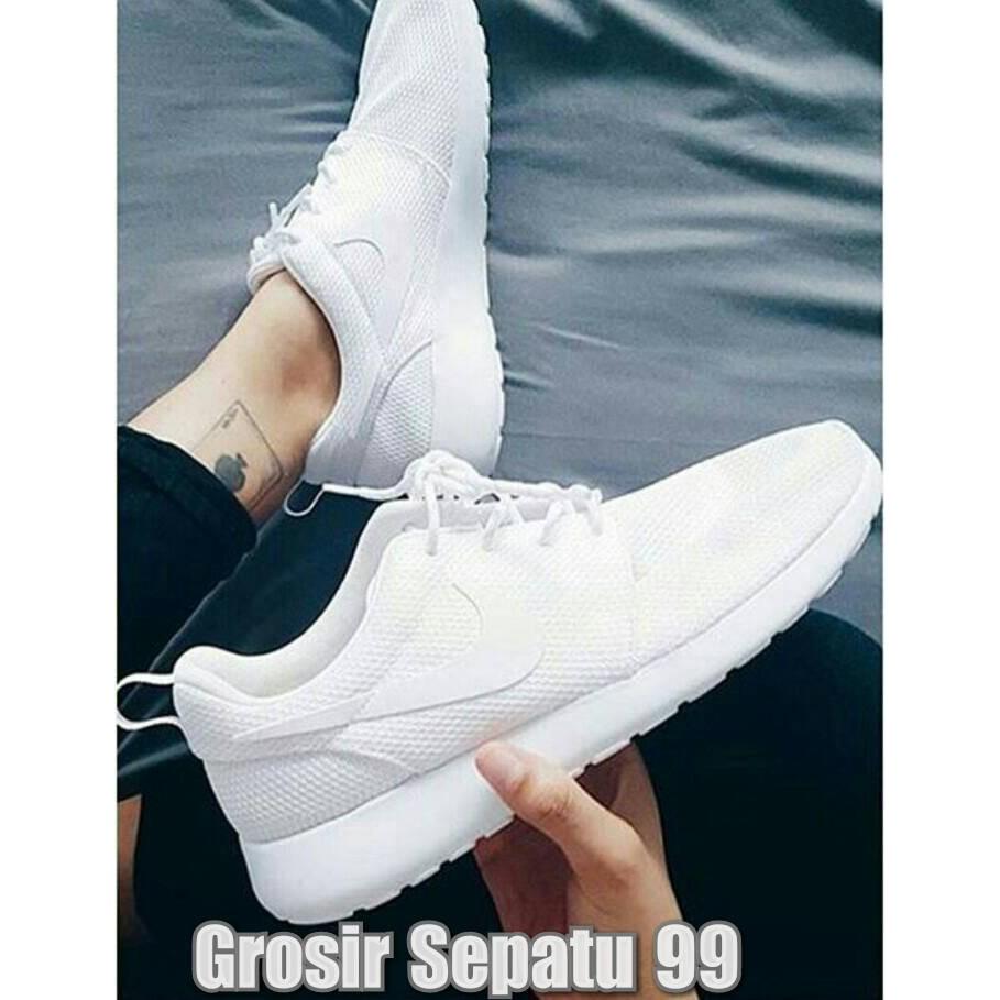 Belanja Online Sneakers Sepatu Pria Shopee Indonesia Wanita Vr 284 Kets Dan Casual Olahraga Putih