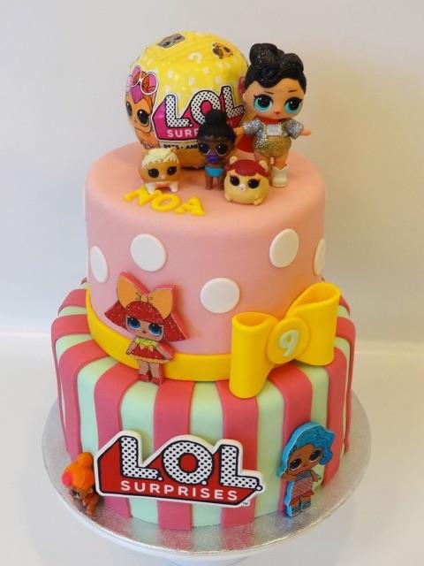 Custom Birthday Cake Anak Perempuan Kue Ulang Tahun Anak Cewek Disney Dan Lol Kue Tart Custom Shopee Indonesia