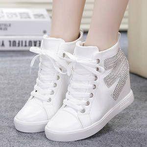 Ikhlasia Sepatu Boots Wanita PB35