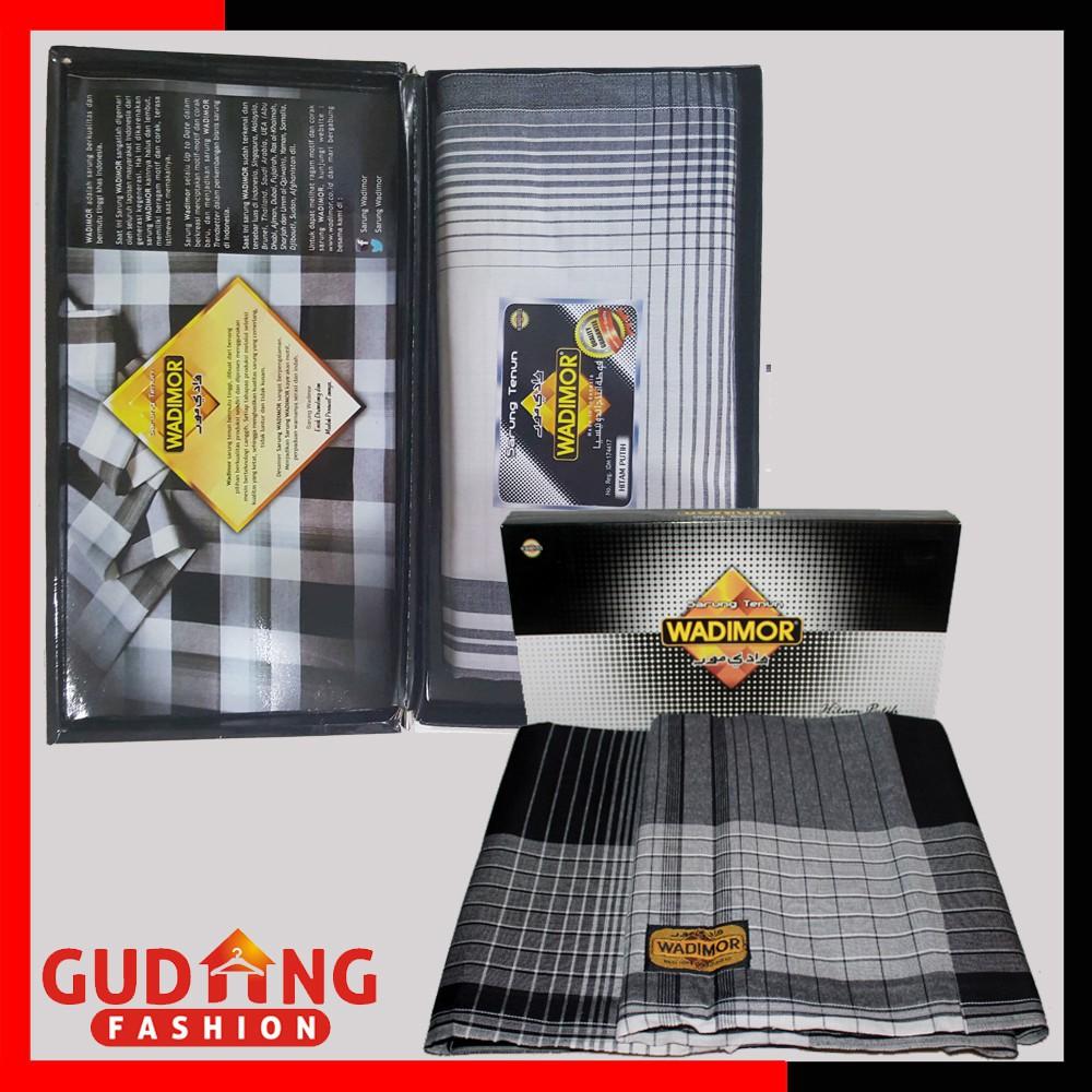 KUALITAS TERBAIK / Sarung Pria Muslim Modern Katun Hitam Putih – SRG 99   Shopee Indonesia