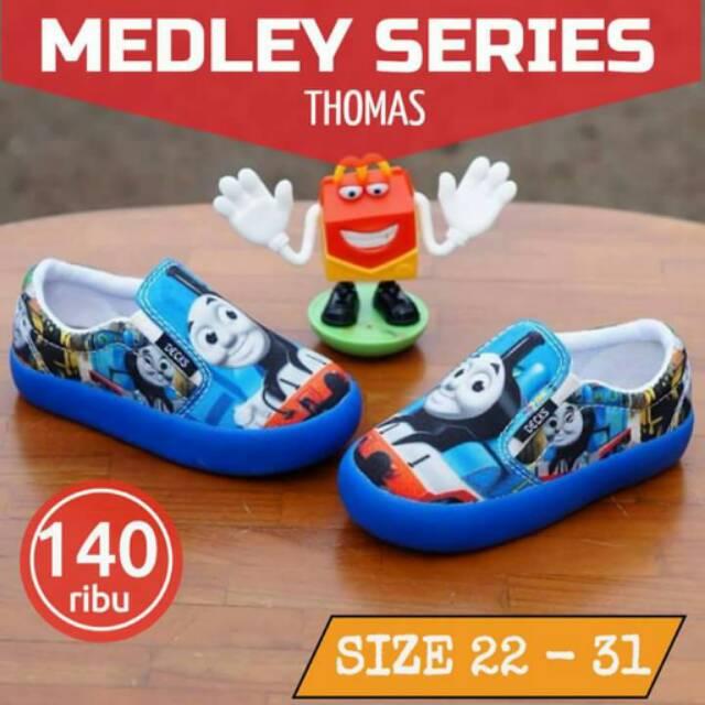 Family Series Sepatu Couple Ayah dan Anak Decks Kids  f8471c379d