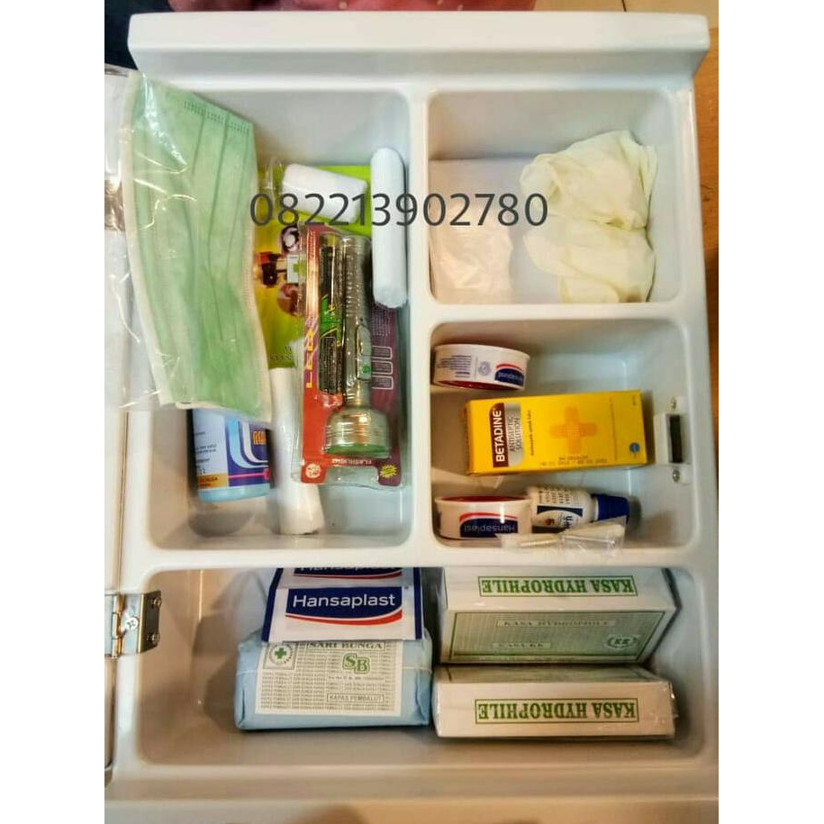 New Kotak P3k Pppk Mobil Berkualitas Shopee Indonesia Lengkap First Aid Kit Bag Pouch Travel Tas Obat Dan Rumah