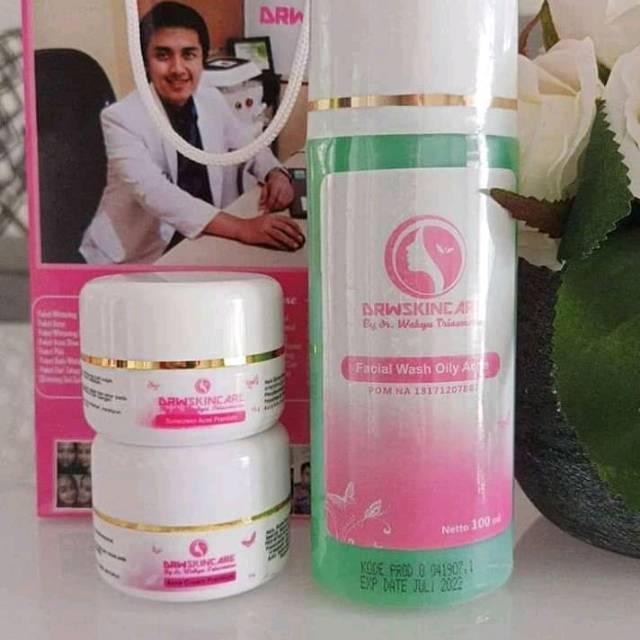 Skincare Untuk Wajah Berjerawat Yang Pernah Memakai Cream Mercury