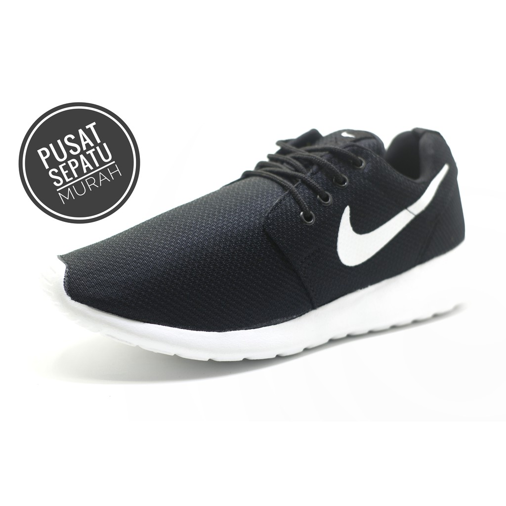Harga Promo!!! Sepatu Nike Roshe Run Hitam Putih Cowok - sepatu original  792787594f