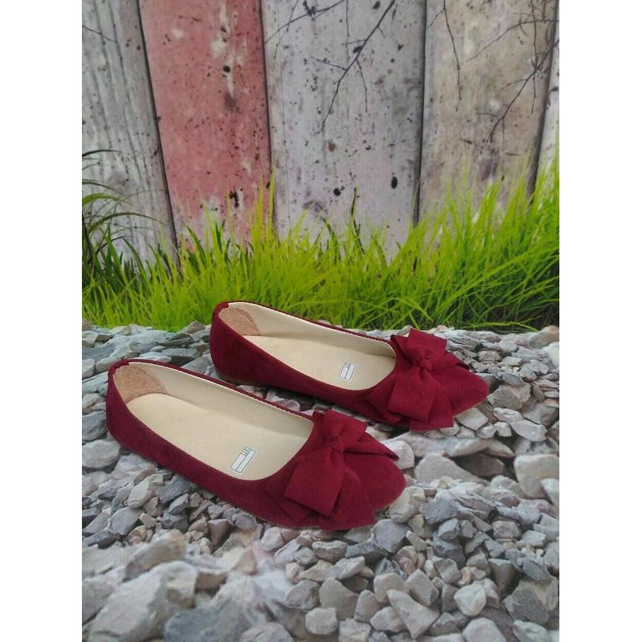 Promo Sepatu Kantor Pantofel Karet Wanita Yumeida Full Black Kerja Shopee Indonesia