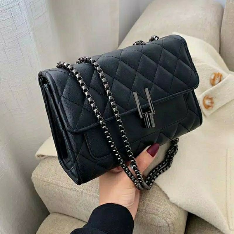 Tentang grosir dan pemasok tas wanita, tas fashion, dan Tas tangan bermanik-manik.