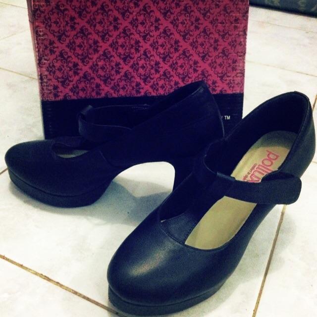 94+ Aneka Contoh Model Sepatu Wanita Pollux Terlihat Keren