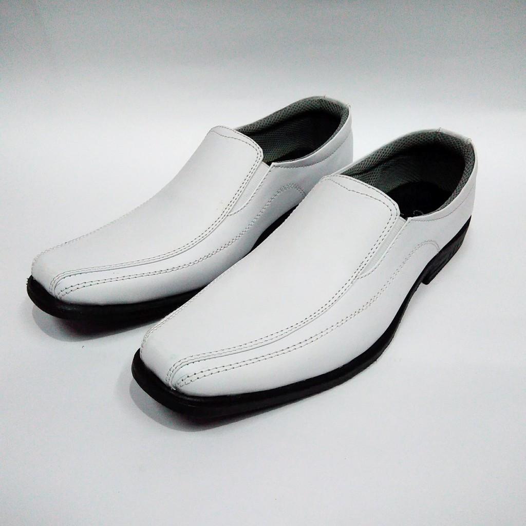 Sendal pria bahan kulit asli sandal kickers kasual formal trendy model terbaru   Shopee Indonesia
