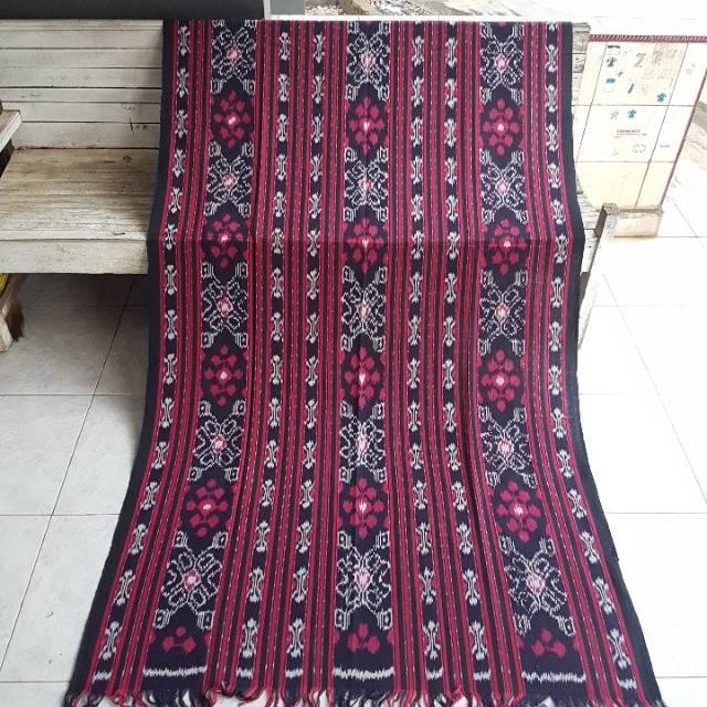 Tenun Blanket Halusan Merah Maroon Kode AA010