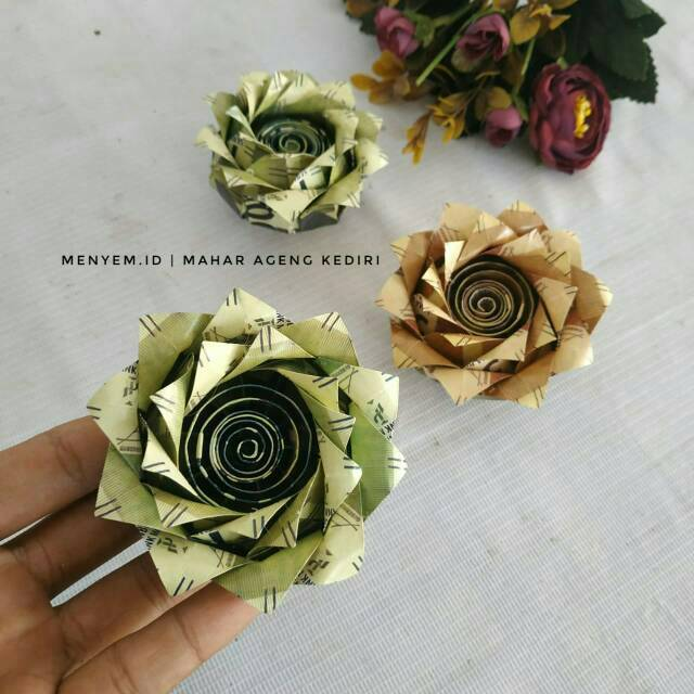 Replika Bunga Dari Uang Kertas Hiasan Mahar Bunga Teratai Bunga Mainan Uang Kertas Origami Shopee Indonesia
