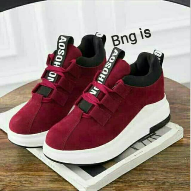 Gambar Sepatu Remaja 2