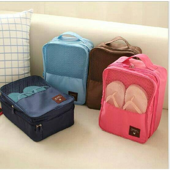 travel bag organizer - tas sepatu olahraga   shoes pouch travelling   sepatu   sendal c6abb4df18