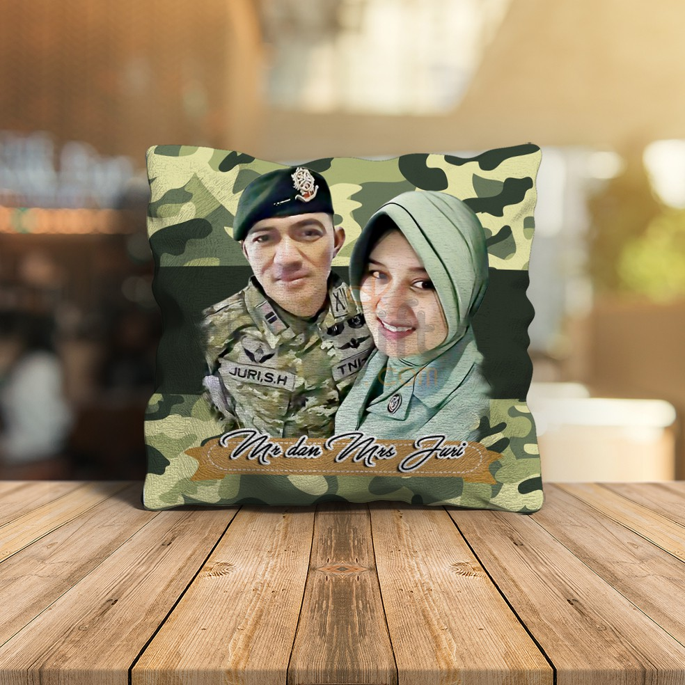 BANTAL CUSTOM WEDDING ARMY COUPLE